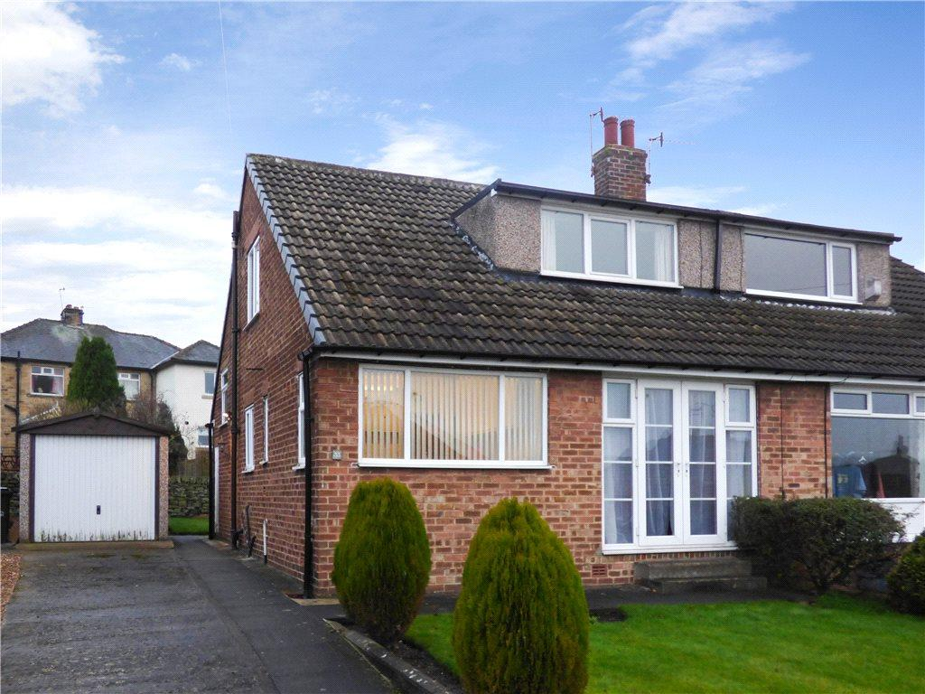 2 Bedrooms Semi Detached Bungalow for sale in Roundhill Avenue, Cottingley, West Yorkshire