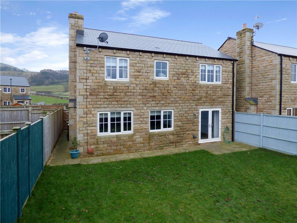4 Bedrooms Detached House for sale in Austwick Close, Settle, North Yorkshire