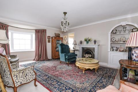 3 bedroom flat for sale - Marine Parade Brighton East Sussex BN2