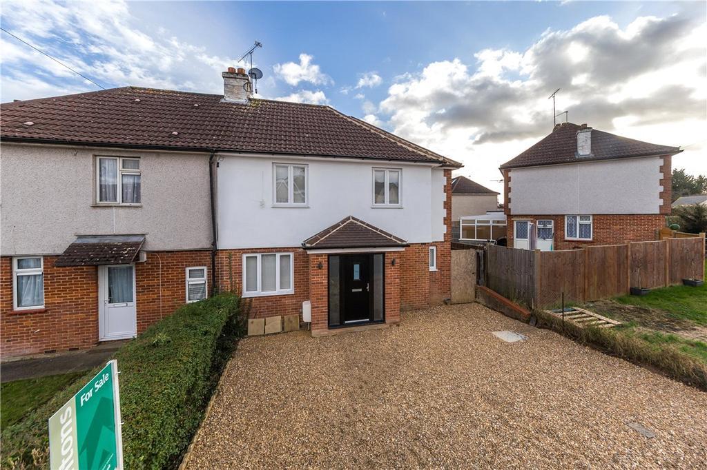 4 Bedrooms Semi Detached House for sale in Westfield Road, Harpenden, Hertfordshire