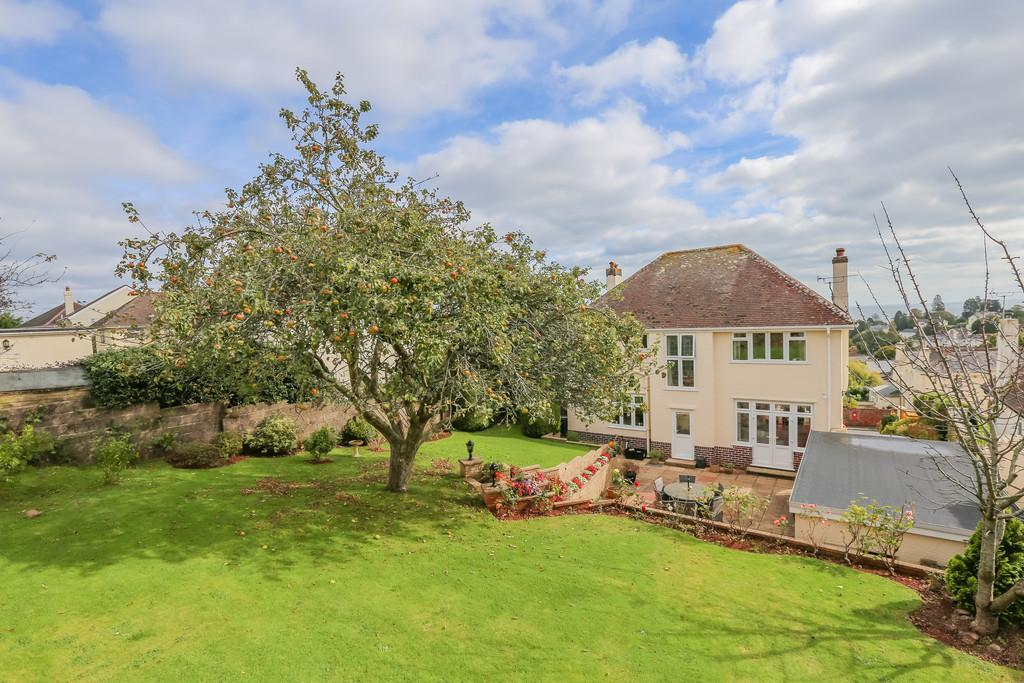 4 Bedrooms Detached House for sale in Chelston, Torquay
