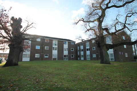 2 bedroom apartment to rent - Lupin Drive, Chelmsford