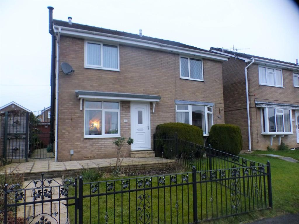 2 Bedrooms Semi Detached House for sale in Charlton Grove, Silsden