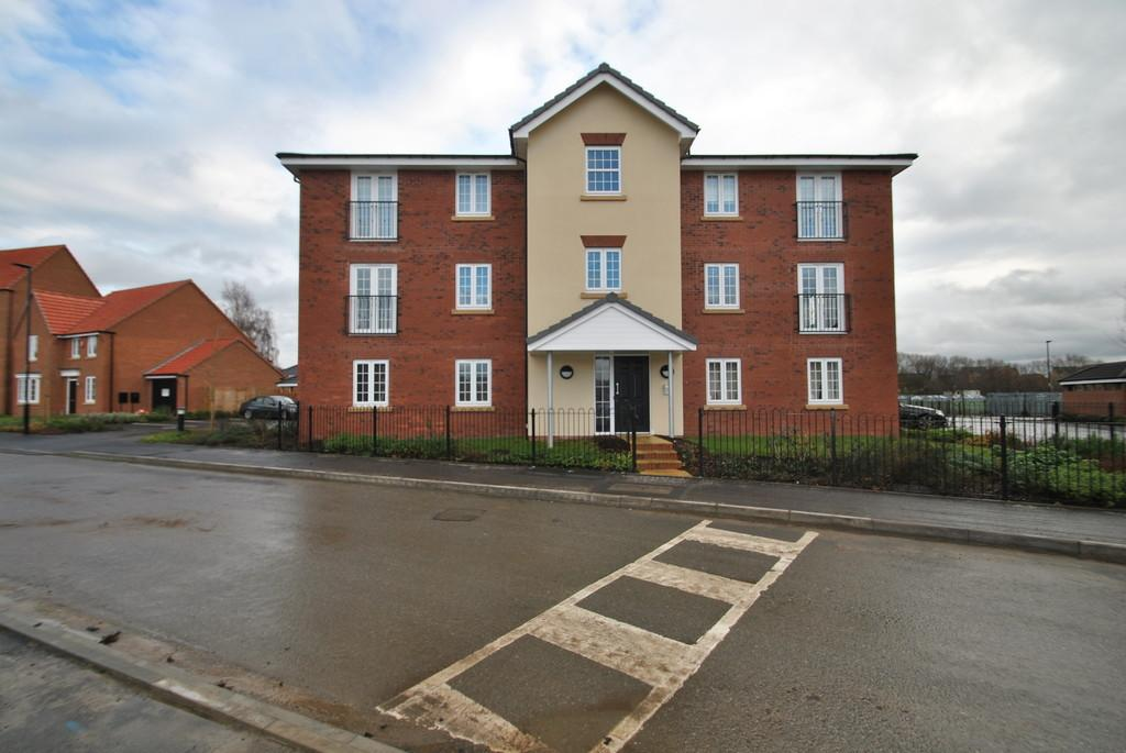 1 Bedroom Apartment Flat for sale in Buttermere Crescent, Lakeside