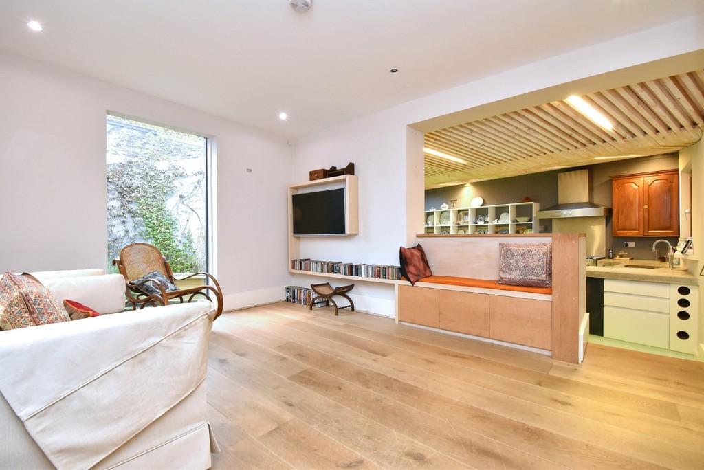 2 Bedrooms Flat for sale in Gabriel Street, SE23