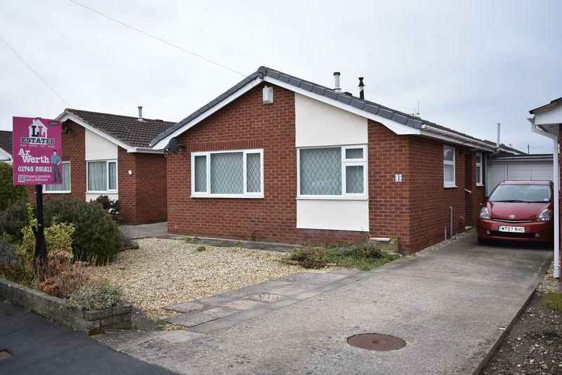 2 Bedrooms Detached Bungalow for sale in Ash Court, Rhyl