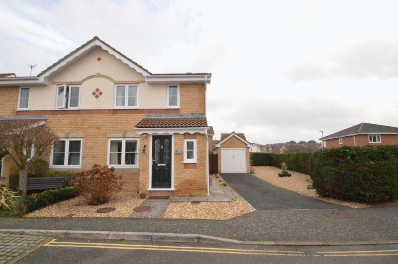 3 Bedrooms Semi Detached House for sale in East Cowes, PO32 6EN