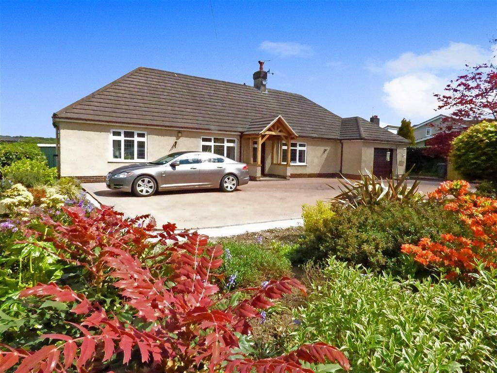 4 Bedrooms Detached Bungalow for sale in Liverpool Road West, Church Lawton, Stoke-on-Trent