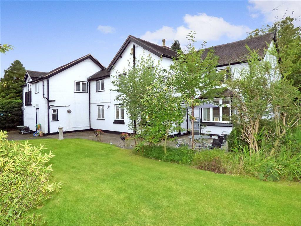 5 Bedrooms Detached House for sale in Congleton Road North, Church Lawton