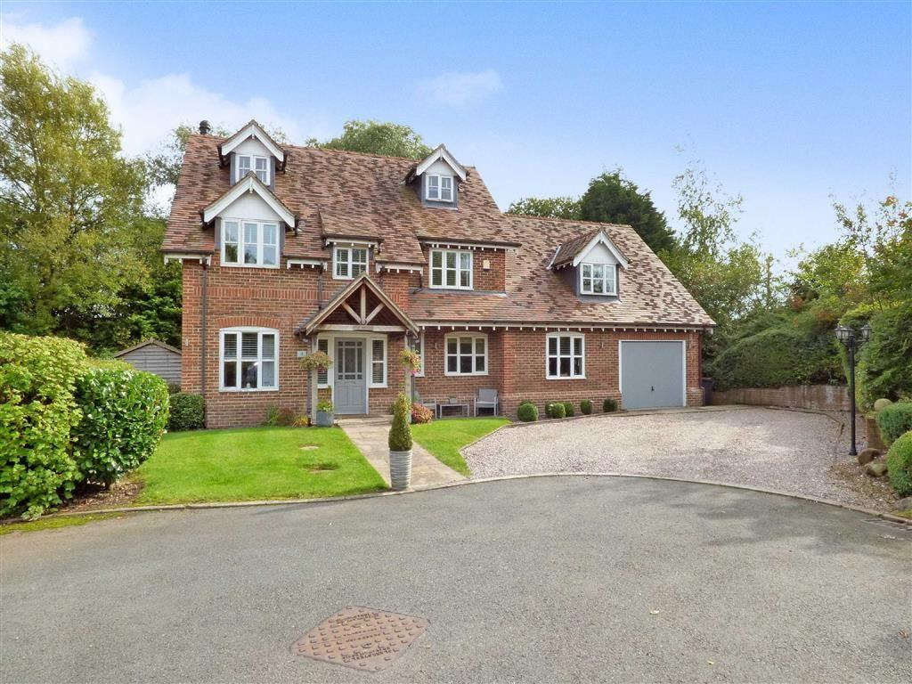5 Bedrooms Detached House for sale in Mallard Close, Madeley, Crewe