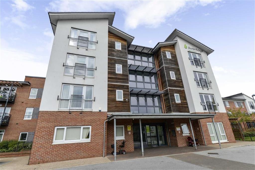 2 Bedrooms Retirement Property for sale in Beechmere, Rolls Avenue, Crewe