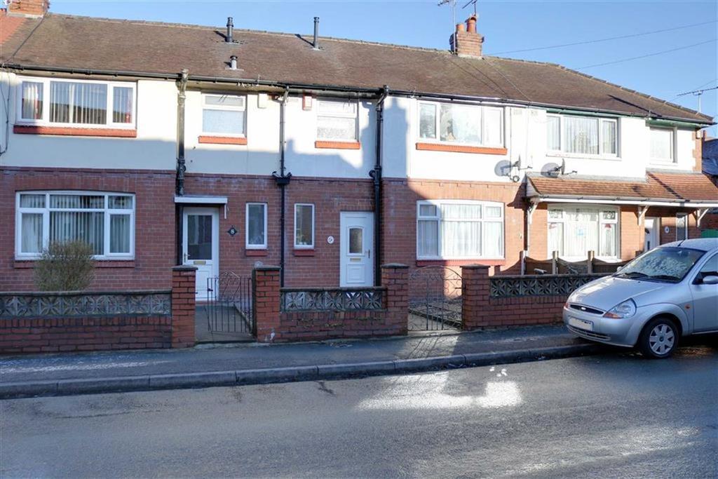 3 Bedrooms Terraced House for sale in Fletcher Street, Crewe