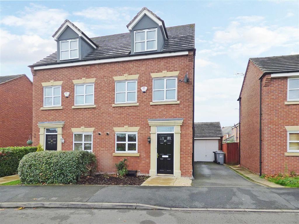 3 Bedrooms Semi Detached House for sale in Salisbury Close, Crewe