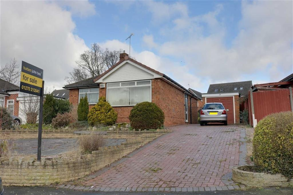 2 Bedrooms Detached Bungalow for sale in Rope Bank Avenue, Wistaston, Crewe