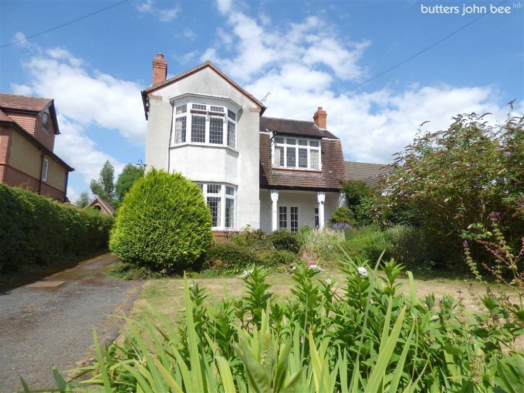 3 Bedrooms Detached House for sale in Manor Avenue, Wistaston, Crewe