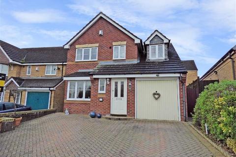 3 bedroom detached house for sale - Blackbird Way, Packmoor, Stoke-on-Trent