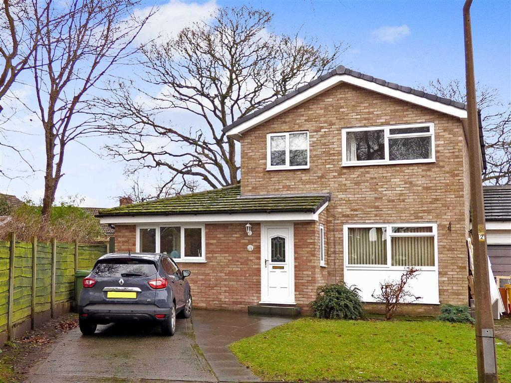 3 Bedrooms Link Detached House for sale in Tonbridge Close, Macclesfield, Cheshire