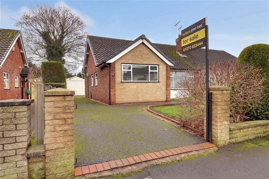 3 Bedrooms Semi Detached Bungalow for sale in Highfield Drive, Nantwich