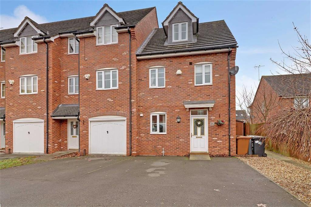 4 Bedrooms Town House for sale in Talbot Way, Nantwich