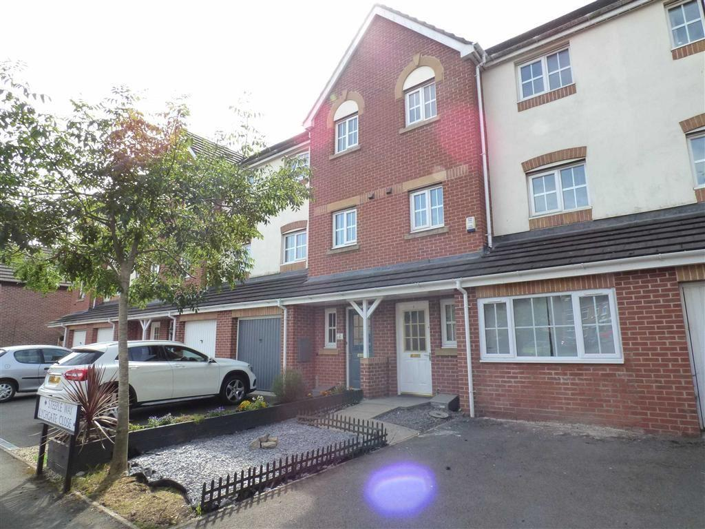 5 Bedrooms Town House for sale in Lychgate Close, Stoke, Stoke-on-Trent