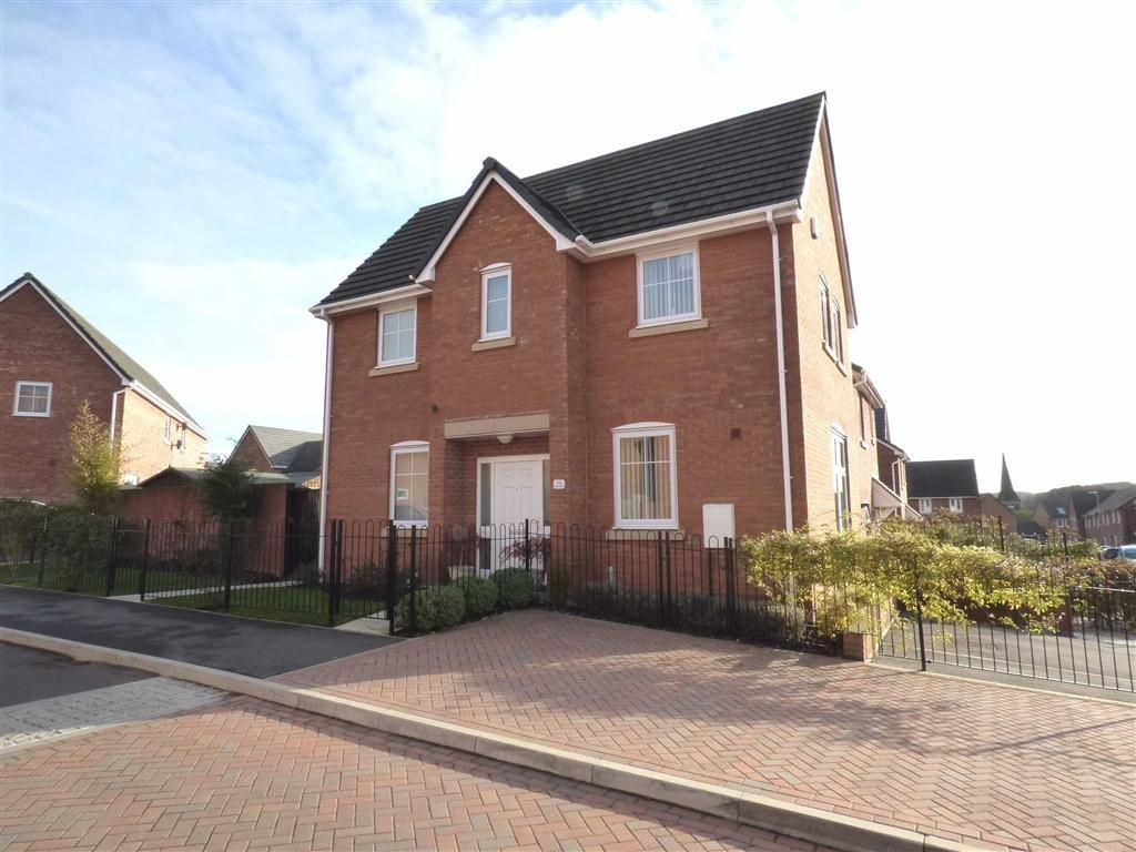 3 Bedrooms Detached House for sale in Sutton Avenue, Silverdale, Newcastle-under-Lyme