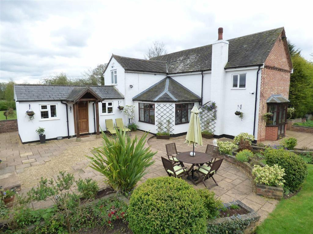 3 Bedrooms Detached House for sale in Whitgreave Lane, Whitgreave, Stafford