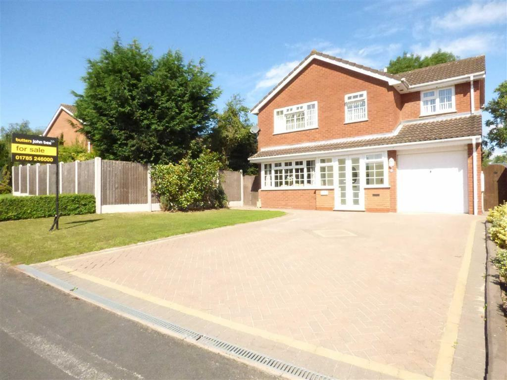 4 Bedrooms Detached House for sale in Montville Drive, Stafford