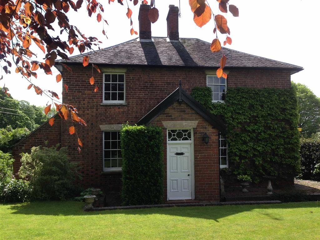 4 Bedrooms Detached House for sale in Lichfield Road, Sandon, Stafford