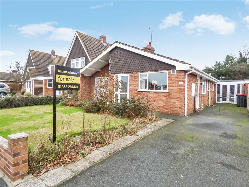 3 Bedrooms Detached Bungalow for sale in Coppice Drive, Telford, Telford, Shropshire