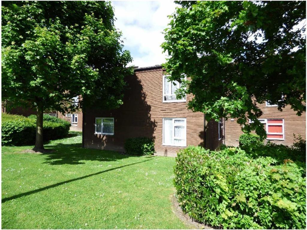 2 Bedrooms Flat for sale in Withywood Drive, Malinslee, Telford, Shropshire