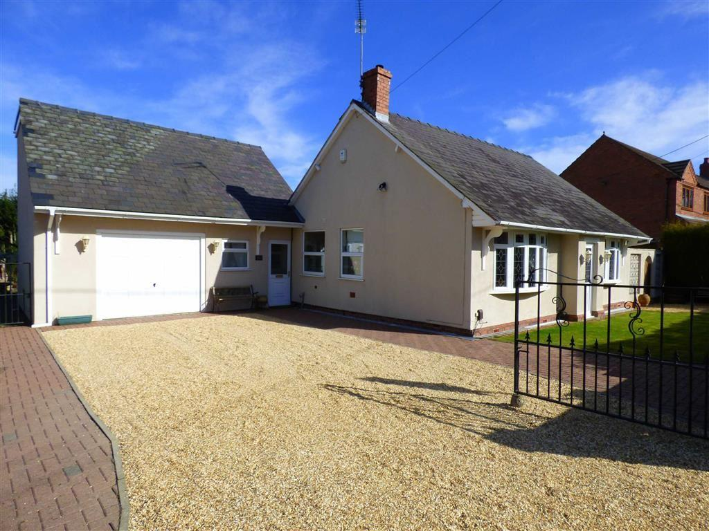 3 Bedrooms Detached Bungalow for sale in Shrubbery Road, Red Lake, Telford, Shropshire