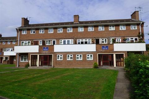 2 bedroom flat for sale - Chelmarsh Avenue, Wolverhampton