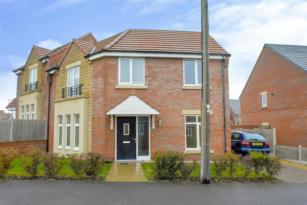 3 Bedrooms Semi Detached House for sale in Albine Road, Langwith Junction, Mansfield