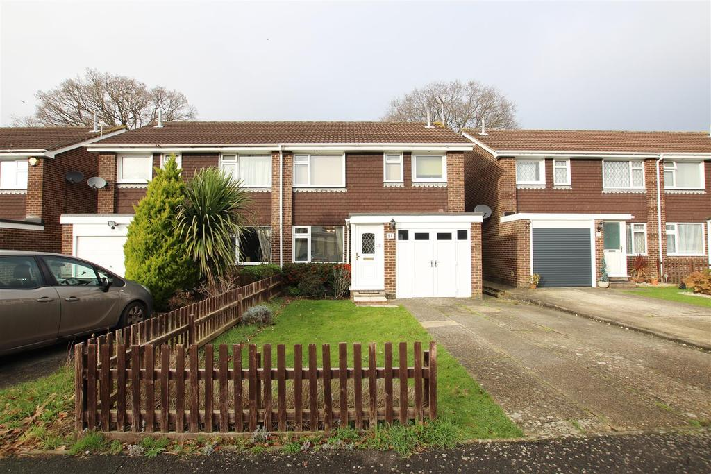3 Bedrooms Semi Detached House for sale in Itchen Avenue, Bishopstoke, Eastleigh