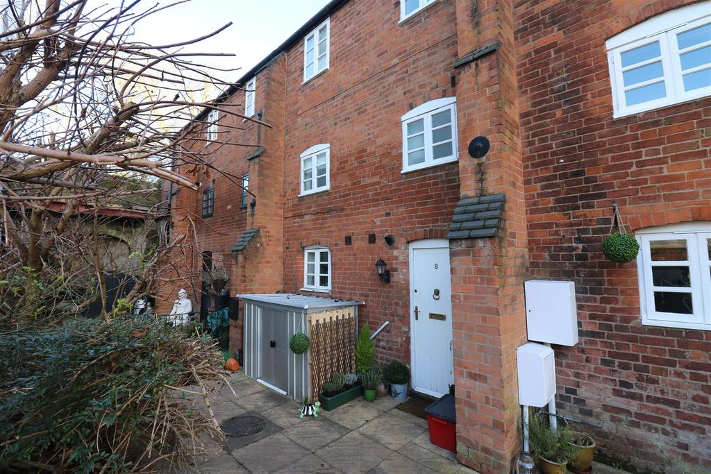 2 Bedrooms Mews House for sale in New Brook Street, Leamington Spa