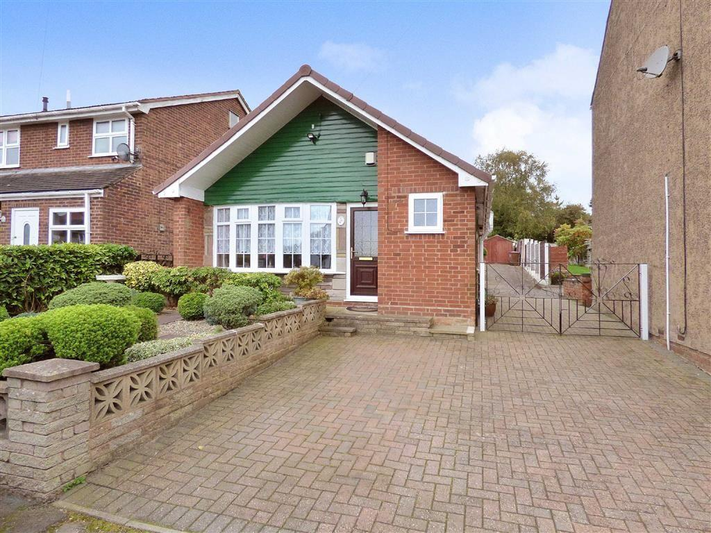 3 Bedrooms Detached Bungalow for sale in Edward Street, Cannock, Staffordshire