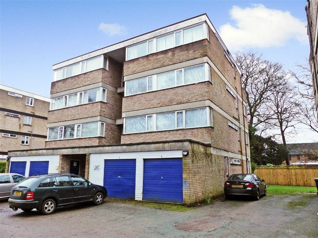 1 Bedroom Flat for sale in Old Vicarage Lane, Hartford, Northwich, Cheshire