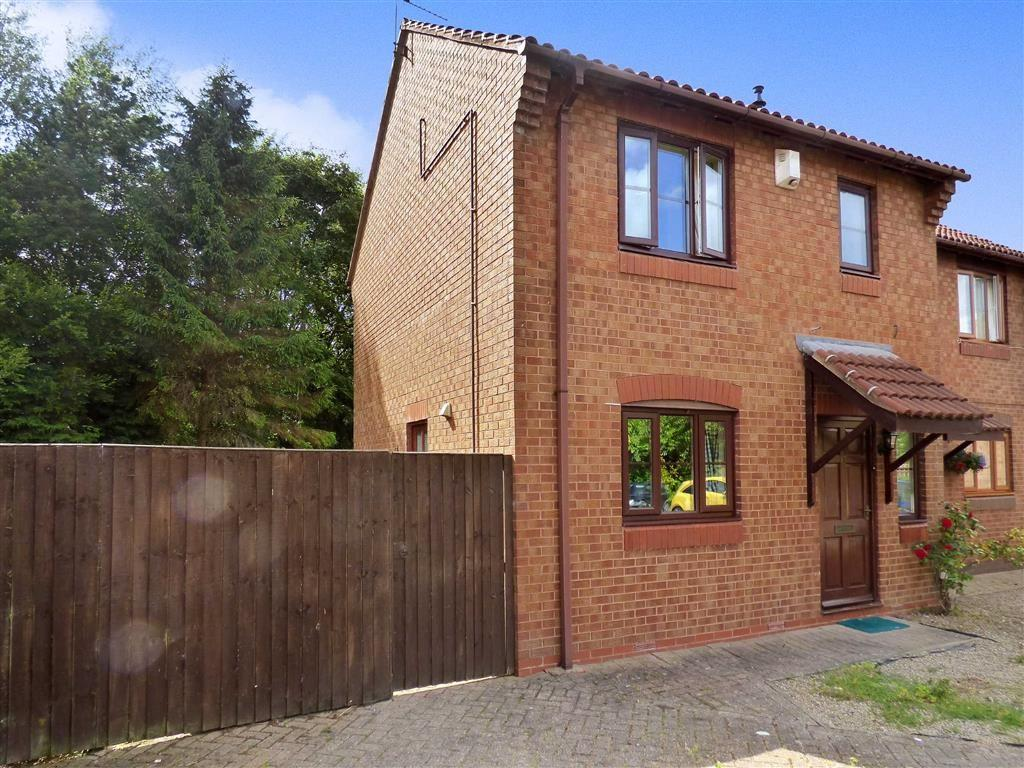 2 Bedrooms Terraced House for sale in Malpas Close, Rudheath, Northwich, Cheshire