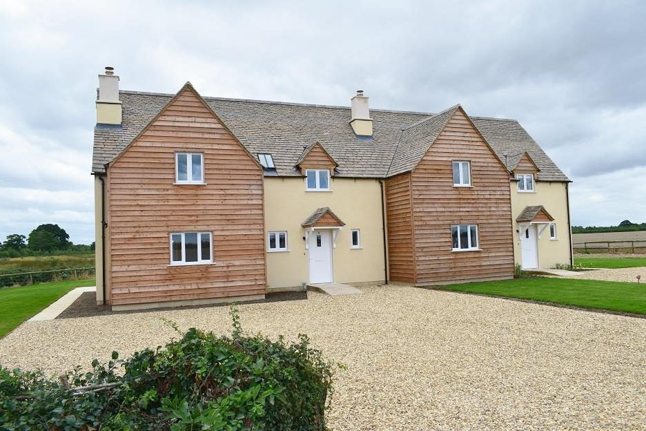 3 Bedrooms Semi Detached House for rent in Nr. Lechlade, Gloucestershire