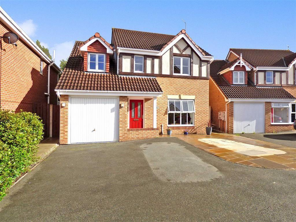 4 Bedrooms Detached House for sale in Coalport Drive, Winsford, Cheshire