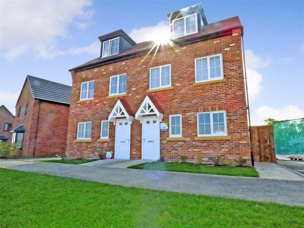 3 Bedrooms Town House for sale in Woodford Grange, Winsford, Cheshire