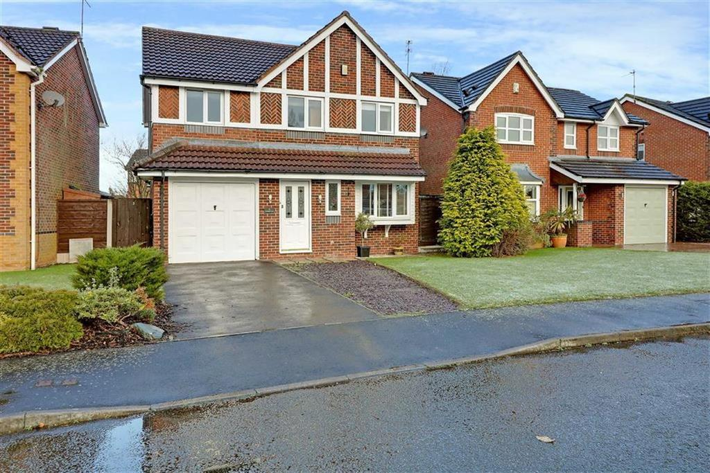 4 Bedrooms Detached House for sale in Fernleigh Close, Winsford, Cheshire