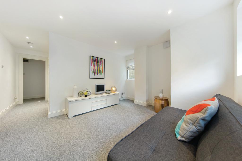 1 Bedroom Flat for rent in Harold Road, SE19
