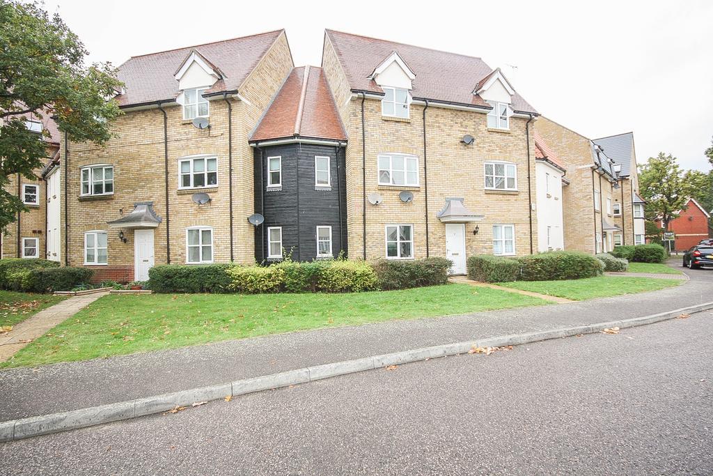 2 Bedrooms Apartment Flat for rent in Hazel Close , Noak Bridge, Basildon SS15