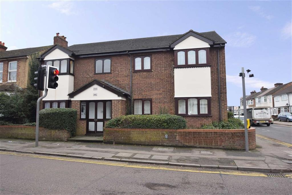 1 Bedroom Apartment Flat for sale in 405 Whippendell Rd, Watford, Herts