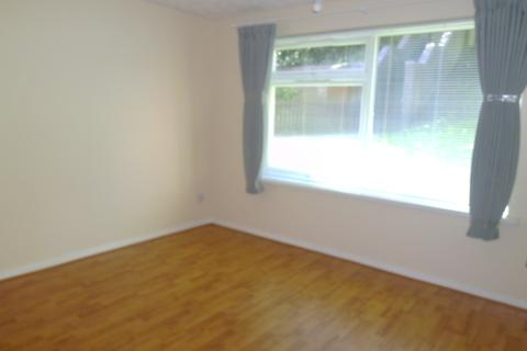 2 bedroom ground floor flat to rent - Frensham Way, Harborne, Birmingham B17