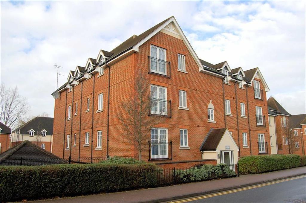 2 Bedrooms Apartment Flat for sale in Rosemary Lodge, Hitchin, Hertfordshire