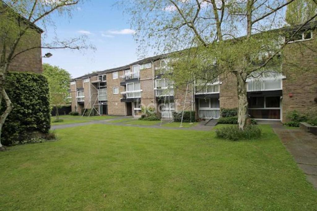 1 Bedroom Flat for sale in Oliver Court, Stoneygate, Leicester