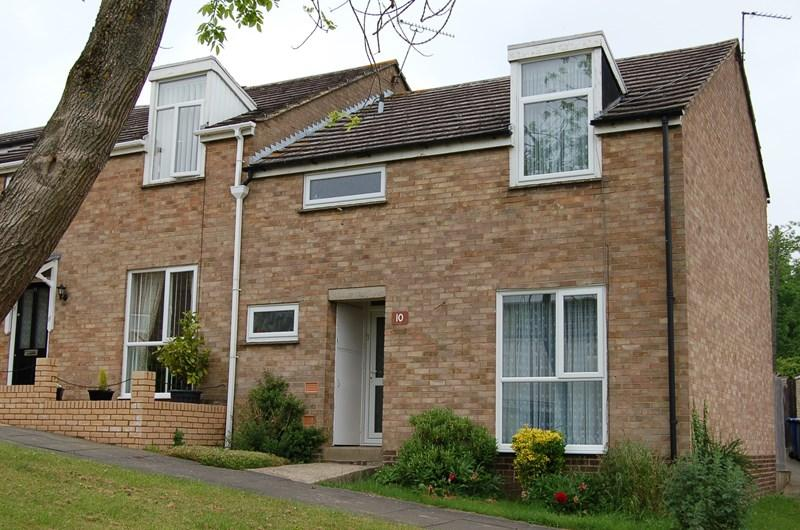 3 Bedrooms Terraced House for sale in Kirtling Place, HAVERHILL
