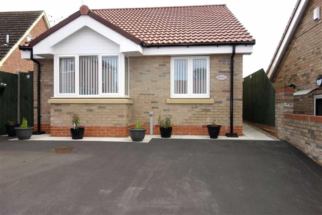 2 Bedrooms Detached Bungalow for sale in Kirkwood Close, Driffield, East Yorkshire